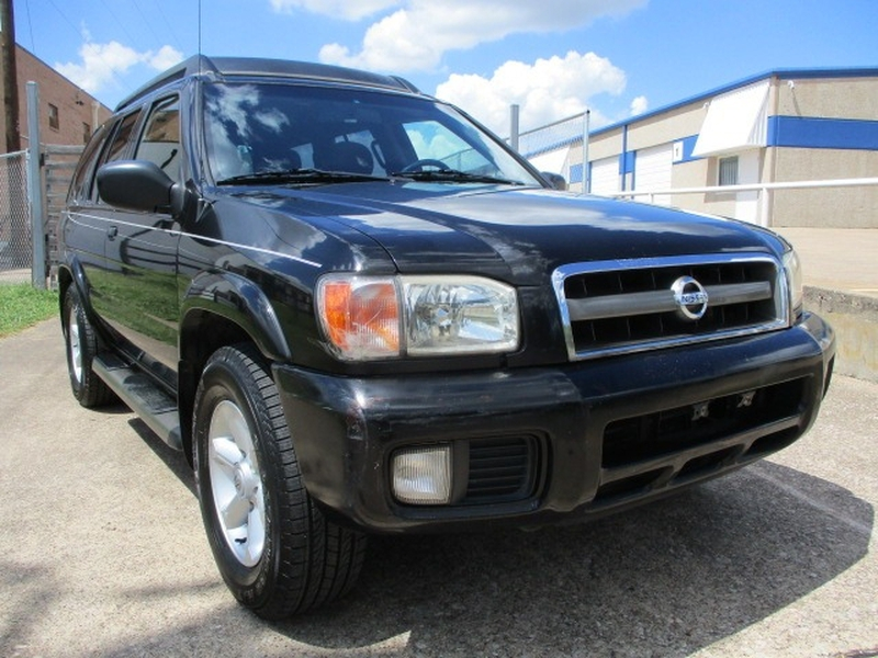 Nissan Pathfinder 2004 price $3,995 Cash