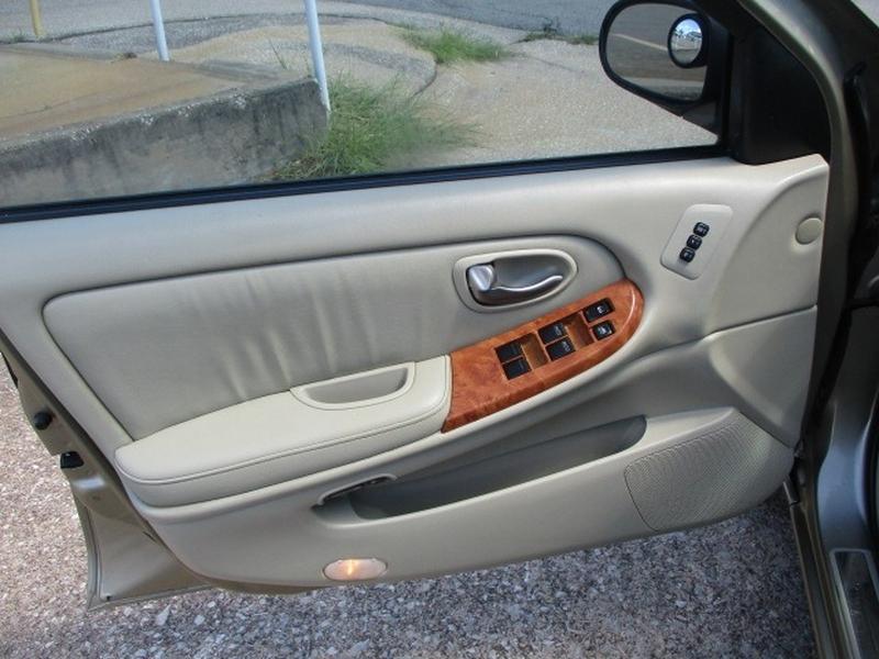 Infiniti I35 2002 price $3,995 Cash