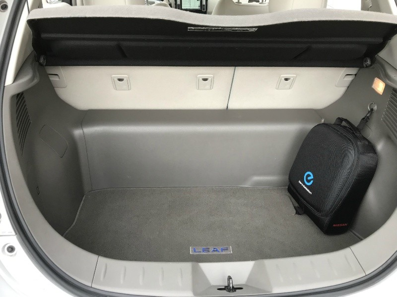Nissan LEAF 2011 price $4,995