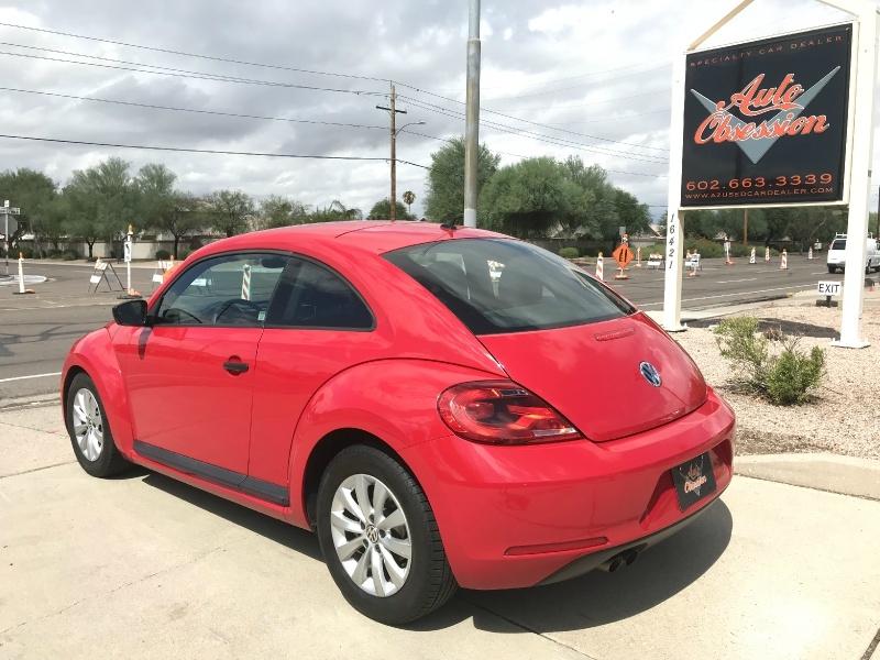 Volkswagen Beetle 2014 price $8,995