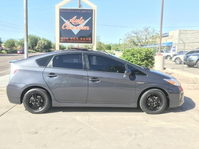 Toyota Prius 2012 price $11,995