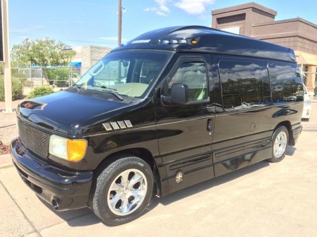 2004 Ford Econoline Hi Top Conversion Van