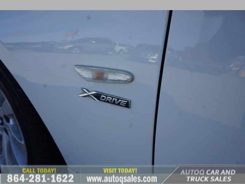 BMW 3-Series 2011 price $10,991