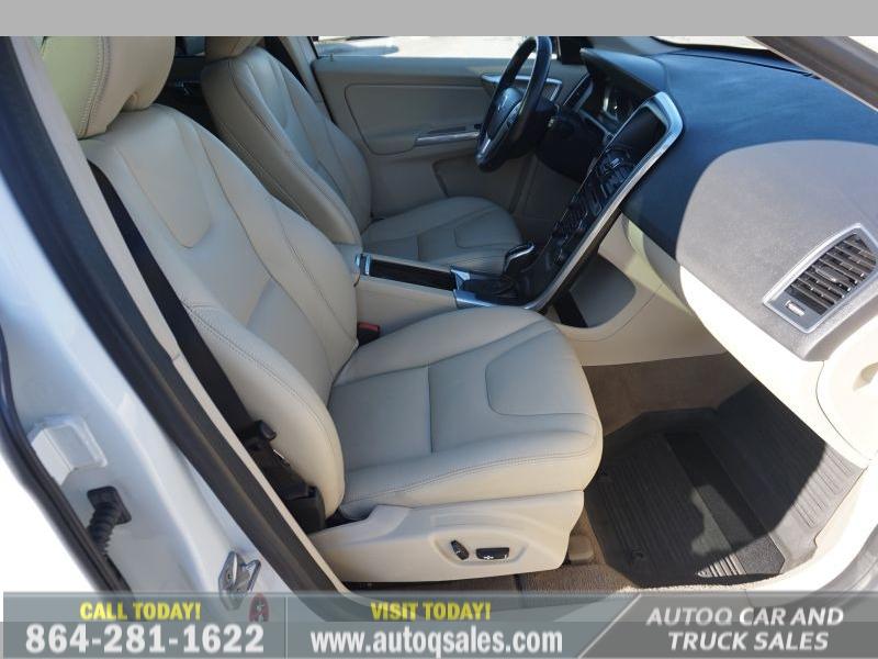 Volvo XC60 2015 price $14,991