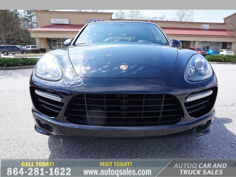 Porsche Cayenne 2013 price $37,991