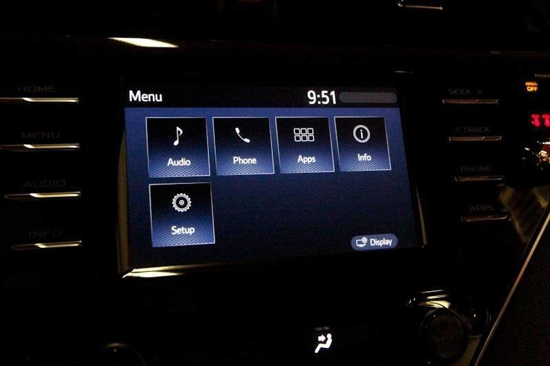 Toyota Camry 2018 price $23,484
