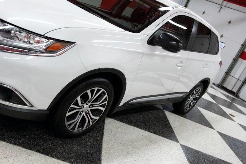 Mitsubishi Outlander 2018 price $16,500