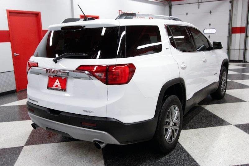GMC Acadia 2019 price $28,998