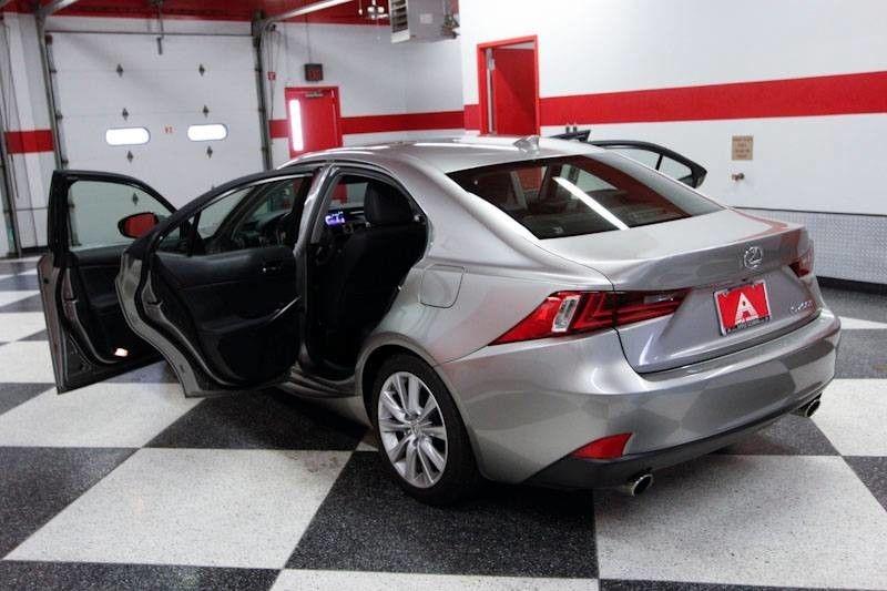 Lexus IS 200t 2016 price $22,999