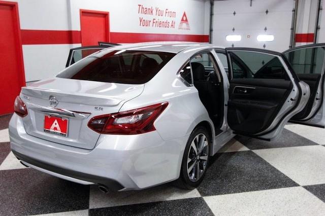 Nissan Altima 2017 price $17,444