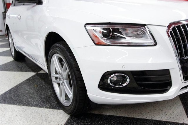 Audi Q5 2016 price $18,349