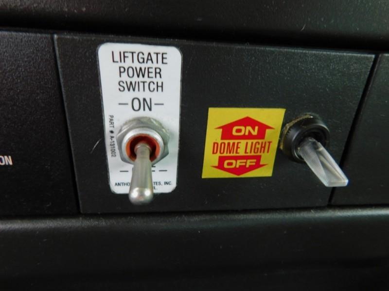GMC Savana Commercial Cutaway 2012 price $8,900