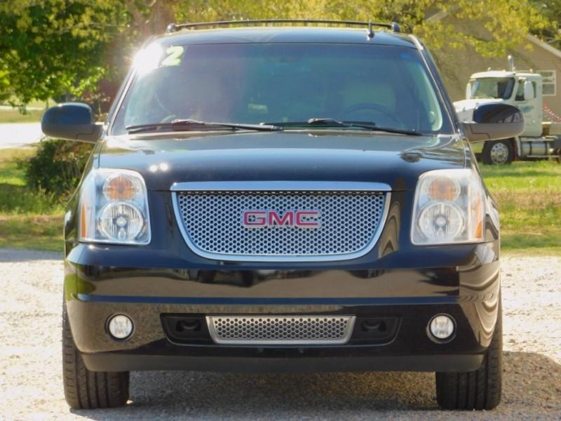 GMC Yukon XL 2012 price $21,900