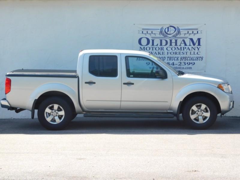 Nissan Frontier 2012 price $15,999