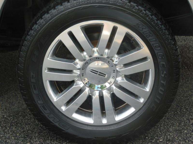 Lincoln Mark LT 2006 price $16,950
