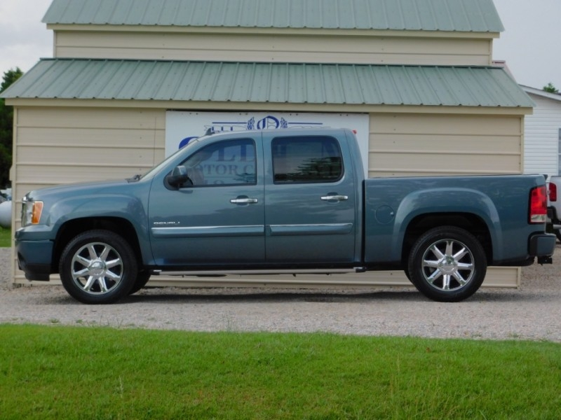 GMC Sierra 1500 2011 price $19,900