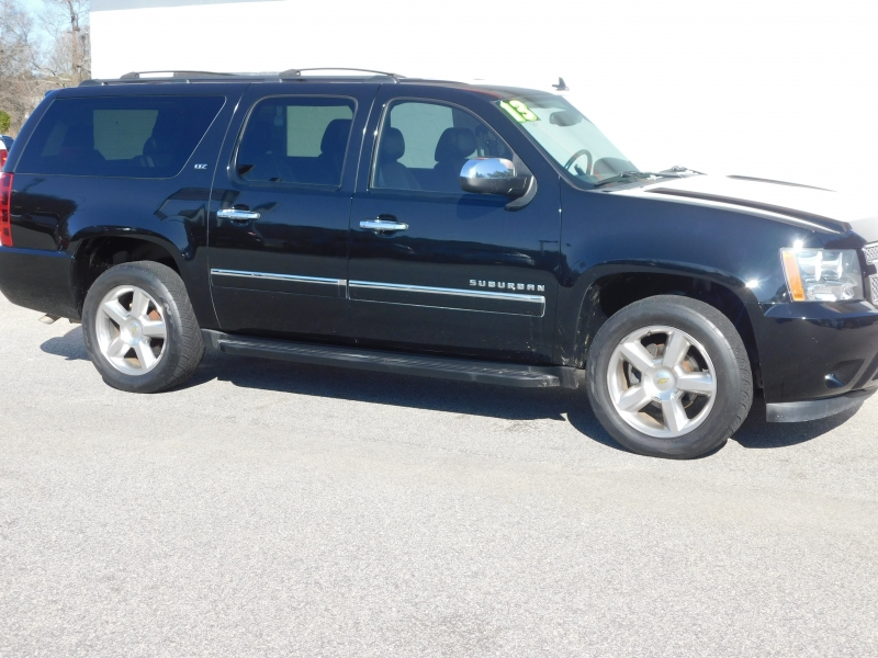 Chevrolet Suburban 2013 price $19,000