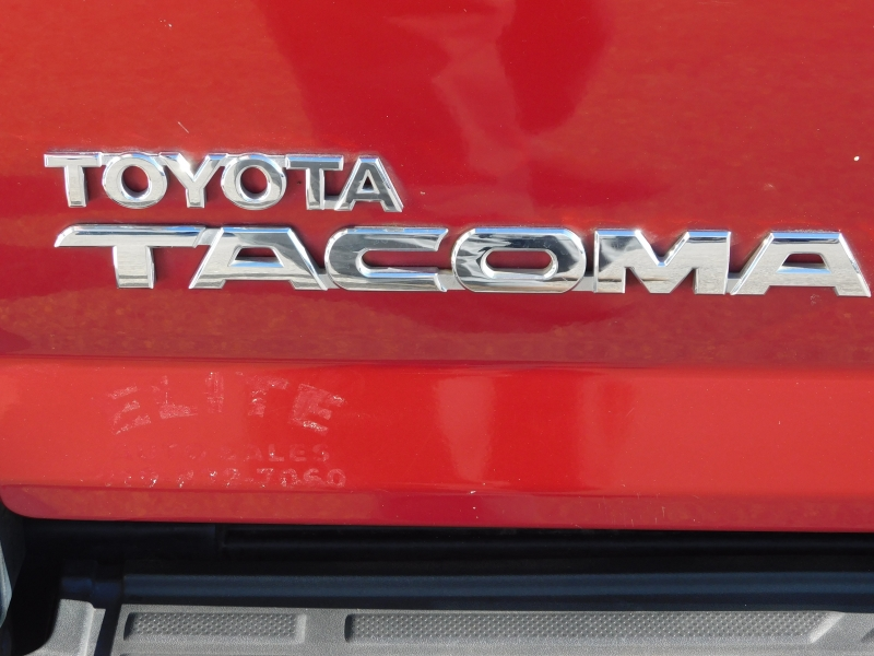 Toyota Tacoma 2007 price $10,890
