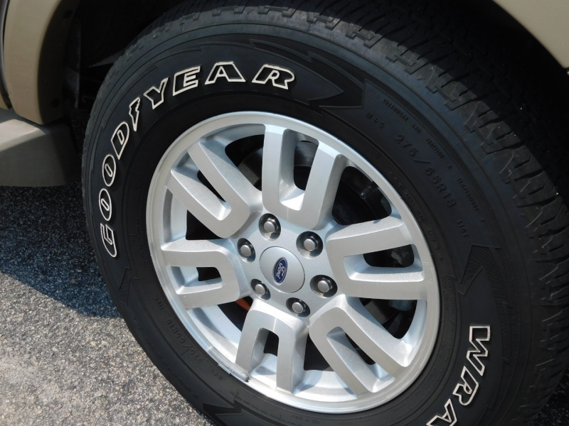 Ford Expedition 2012 price $16,900