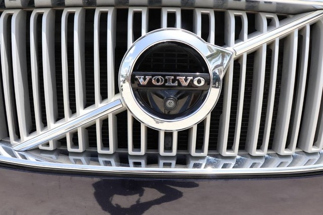Volvo XC90 2017 price $37,850