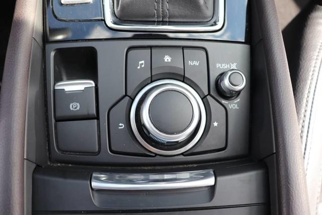 Mazda Mazda3 5-Door 2017 price $18,850