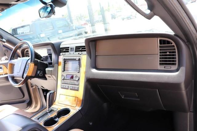 LINCOLN Navigator 2014 price $15,850