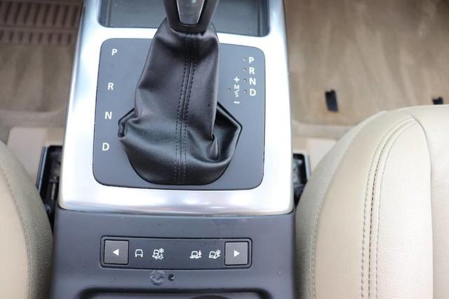 Land Rover LR2 2013 price $16,850