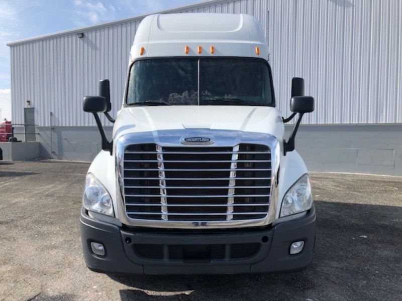 Freightliner Cascadia 2013 price $40,950