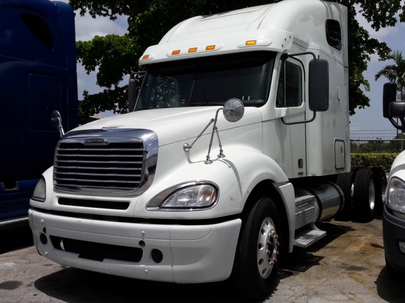 Freightliner Columbia 120 2010 price $37,231