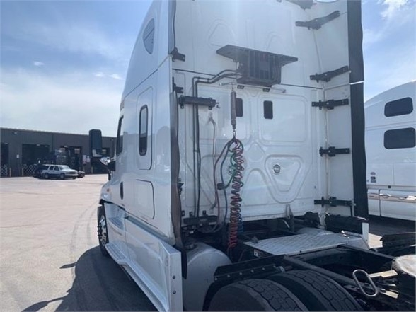 Freightliner Cascadia 125 2016 price $47,000