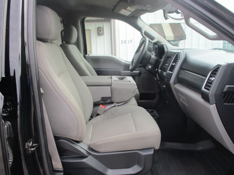 FORD F250 2018 price $43,950