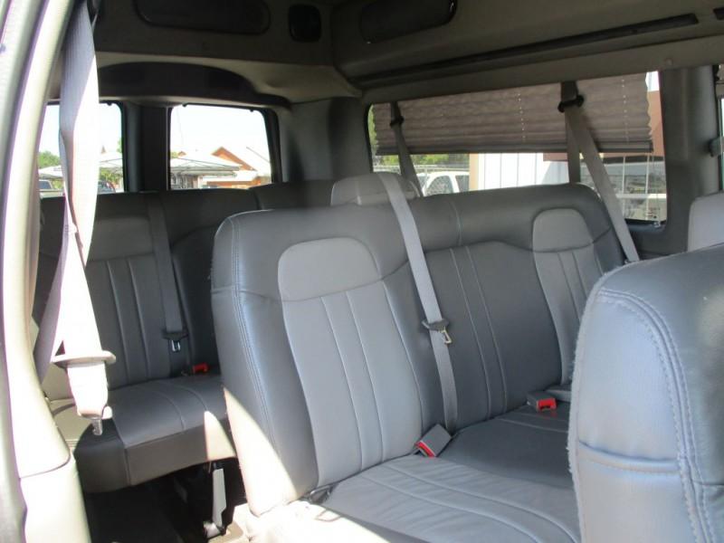 GMC SAVANA 2011 price $17,950