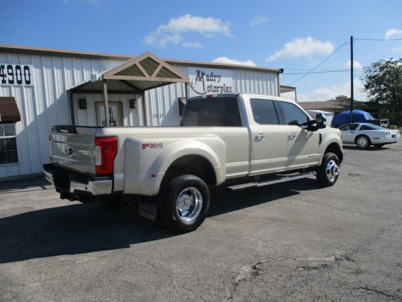 FORD F350 2017 price $51,950