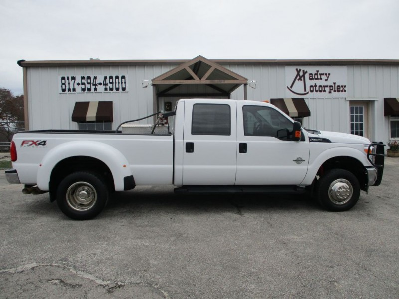 FORD F350 2016 price $31,950
