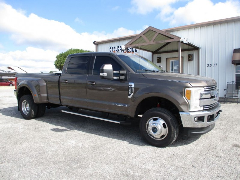 FORD F350 2017 price $43,950