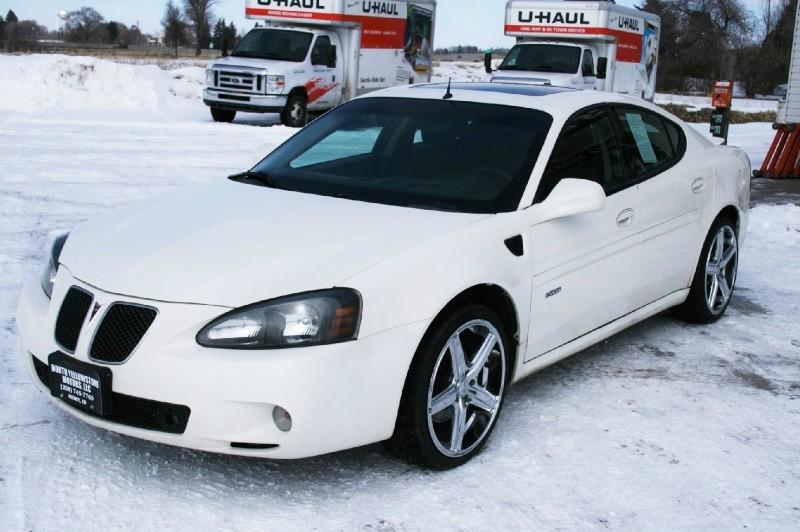 Pontiac Grand Prix 2005 price $5,499