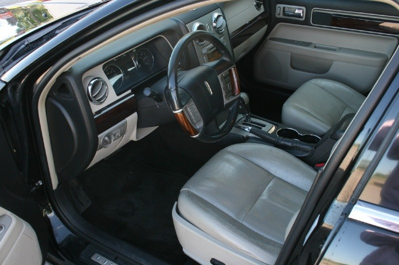 Lincoln MKZ 2009 price $5,388