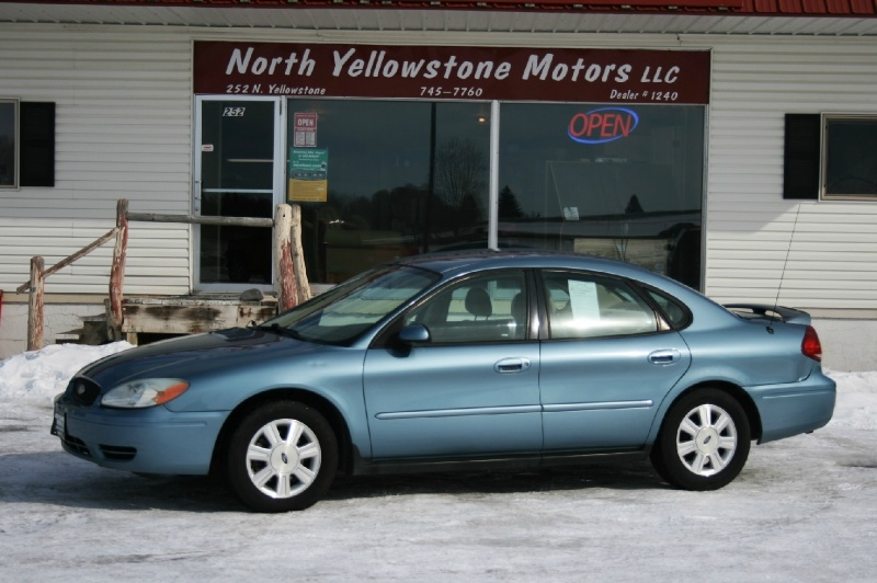 Ford Taurus 2005 price $2,999