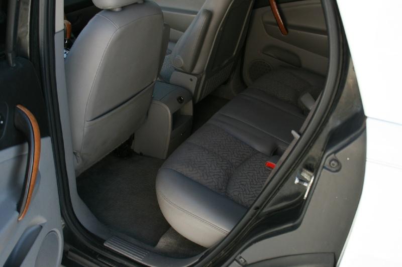 Saturn VUE 2006 price $4,499