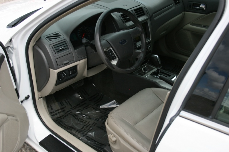 Ford Fusion 2010 price $5,299
