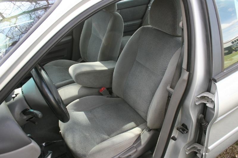 Ford Taurus 2001 price $3,199
