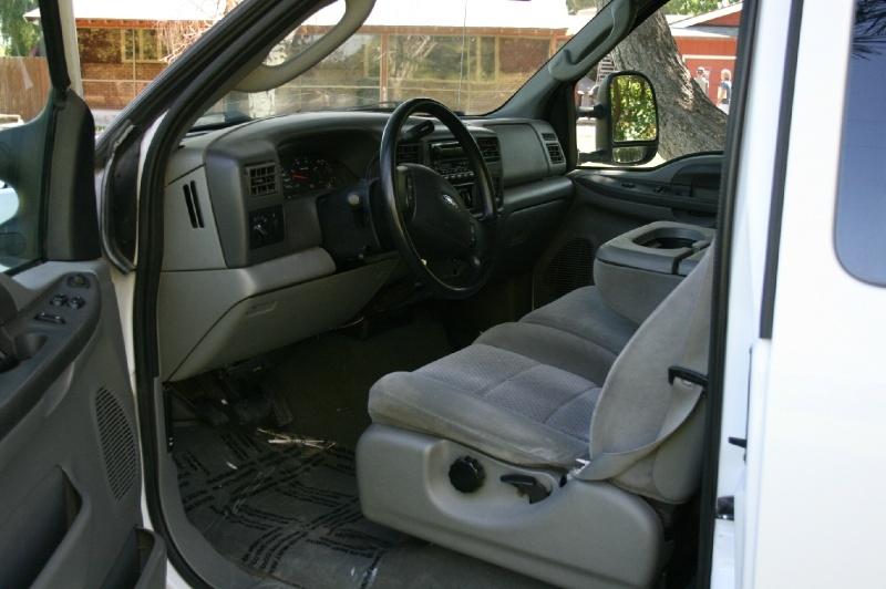 Ford Super Duty F-250 2004 price $9,500