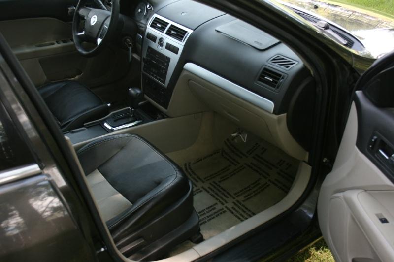 Mercury Milan 2006 price $2,699