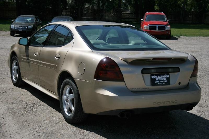 Pontiac Grand Prix 2004 price $2,499