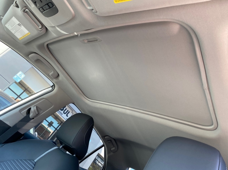 Toyota Camry 2018 price $21,900