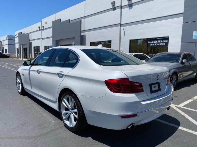 BMW 5-Series 2015 price $17,900