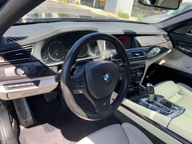 BMW 7-Series 2015 price $19,900