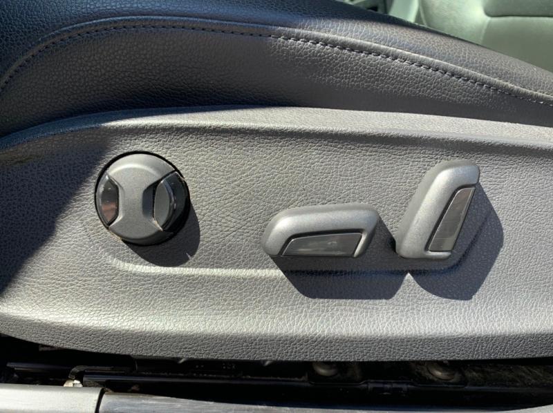 Volkswagen Passat 2012 price $5,900