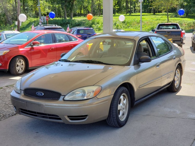 FORD TAURUS 2007 price $1,988