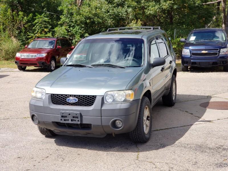 FORD ESCAPE 2006 price $2,499
